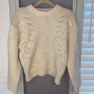 Woman's UO White Sweater Large